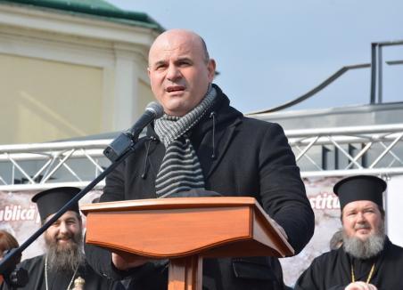 Curilă se victimizează pe tema propagandei religioase: Toate acuzaţiile care mi se aduc sunt nedrepte şi nefondate