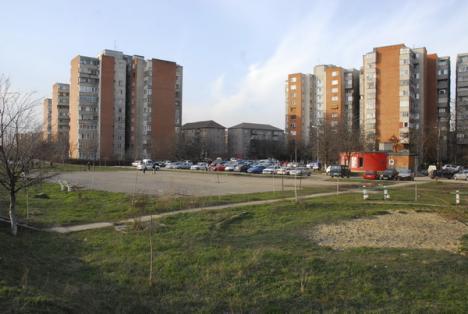 """Fundaţiile celor 13 """"ciupercuţe"""" din zona Sovata au fost turnate"""