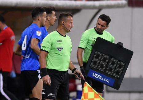 Arbitrul orădean Octavian Şovre, trimis de UEFA la un program educaţional după scandalul în jurul expresiei 'ăla negru' (VIDEO)