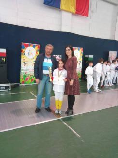 Patru medalii pentru micii spadasini de la LPS Bihorul la Memorialul 'Ioan Popa' de la Bucureşti