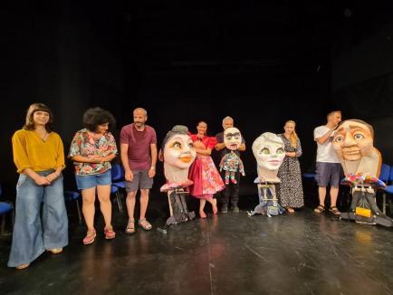 'Băieţelul care se putea muşca de nas'. Premieră estivală a trupei Arcadia pentru copii, dar mai ales pentru părinţi (FOTO)