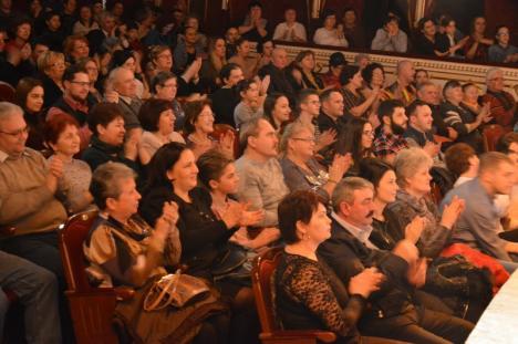 'Pe-al nostru steag e scris Unire!': Spectacolul dedicat Micii Uniri s-a ţinut cu sala plină (FOTO / VIDEO)
