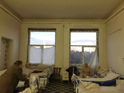 Spital sau lagăr? Într-un spital din Timişoara, pacienţii au şanse să se îmbolnăvească şi mai tare