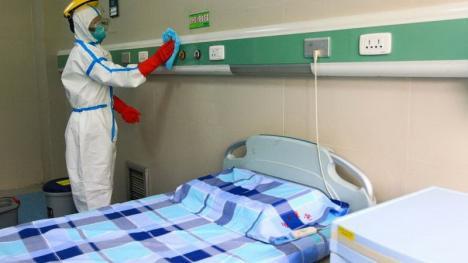 Spitalele din Oradea, pregătiri de reorganizare în eventualitatea unui număr mare de pacienţi cu coronavirus. Suspecţii, plasaţi în carantină într-un hotel