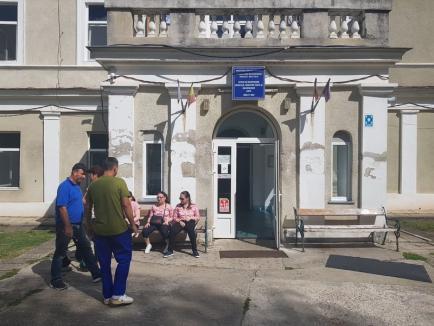 Spitalul bolnav: Condiții proaste pentru copiii tratați la secţia din Băile 1 Mai a Spitalului de recuperare medicală (FOTO)