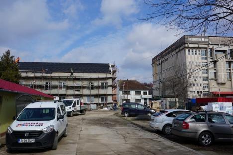Construcţia ambulatoriului Spitalului militar Avram Iancu din Oradea este în curs de finalizare (FOTO)