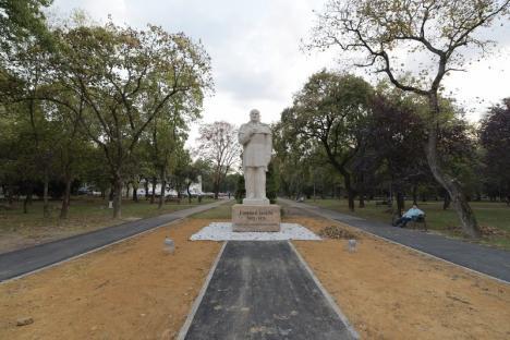 Amplasată în Parcul 1 Decembrie, statuia lui Emanuil Gojdu va fi dezvelită sâmbătă(FOTO)