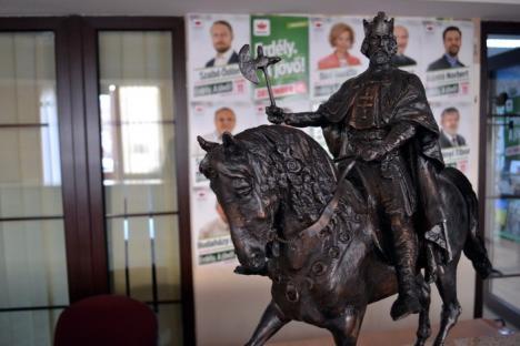 Episcopul Böcskei László vrea o statuie ecvestră a Sfântului Ladislau în Cetate (FOTO)