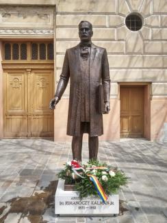 Restricţiile pandemiei. Statuia arhitectului Rimanóczy Kálmán jr. a fost dezvelită în Oradea fără public