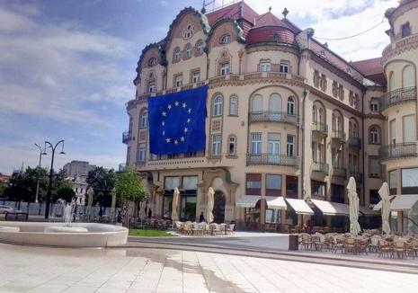 Un steag al Europei Unite va fi adus de la Bruxelles prin Oradea pentru fi înmânat premierului Dăncilă