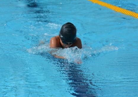 Înotătorii de la Crişul Oradea s-au remarcat la Campionatul Naţional pentru copii de 10-11 ani de la Braşov. Performerul delegației, Ștefan Duca