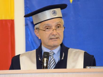 Şeful Şcolii Doctorale a Universităţii, Barbu Ştefănescu, a murit