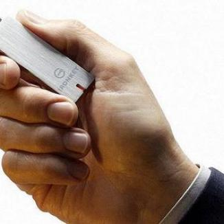 Stickul USB, bilet de autobuz în Franţa