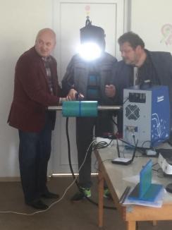 Meserie... cu tehnologie: La Grupul Şcolar Agricol din Cadea, viitorii sudori vor învăţa meserie la un simulator de ultimă generaţie (FOTO)