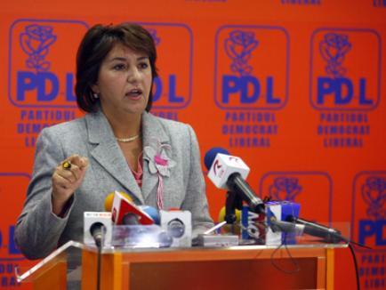 Femeile PDL nu vor scăderea îndemnizaţiei