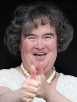 Susan Boyle îşi face operaţie estetică pentru a-şi găsi iubit