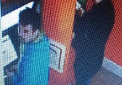 L-aţi văzut? Poliţia Bihor cere sprijinul populaţiei pentru identificarea unui hoţ (FOTO)