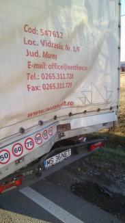 Tamponare cu 5 maşini pe DN 1, în Oşorhei: Şoferul unui TIR nu a respectat distanţa (FOTO)