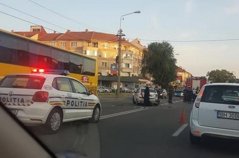 Un tânăr de 25 de ani, prins că a condus băut şi drogat, în urma unei tamponări în Oradea
