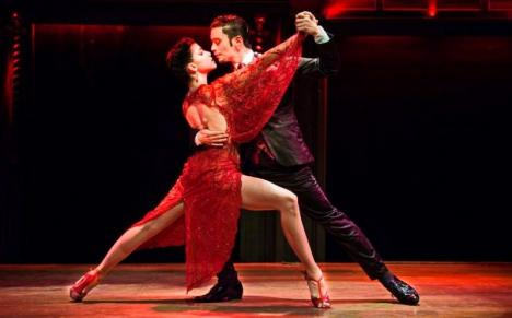 Orădenii, invitaţi la un spectacol de tango argentinian (VIDEO)