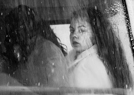 Vernisaj online: Pasionaţii de fotografie sunt invitaţi la expoziţia Nicoletei Gabor, 'Călătorie în noiembrie'