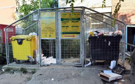 Coaliţia Rogerius critică Poliţia Locală pentru amenzile date asociaţiilor de proprietari cu gunoaie în jurul ţarcurilor
