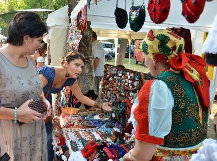 Oradea, casa artizanilor: Parcul Bălcescu găzduieşte ediţia XXI a Târgului Meşterilor Populari