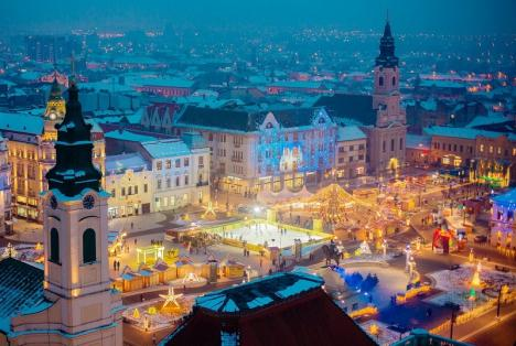 Accesul interzis! Târgul de Crăciun restricţionează traficul auto prin Piaţa Unirii din Oradea
