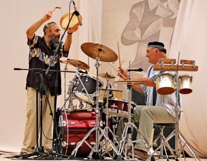 Blues şi etno-jazz la Oradea, cu Harry Tavitian