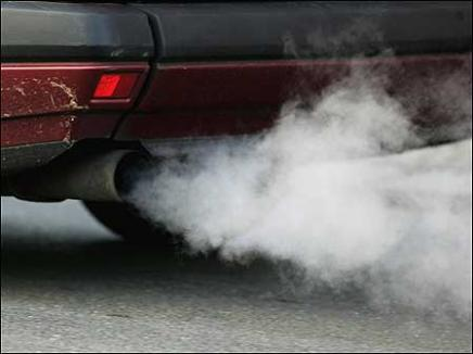 Taxa auto pe poluare a fost suspendată