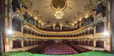 Oradea Primavera Bal, ofertă last-minute: Cumperi un bilet, iar invitatul tău intră gratis!