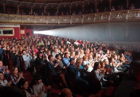 Bihorel: Zece efecte ale schimbării directorului Teatrului Regina Maria