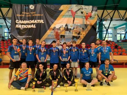 Sportivii salontani, campioni naţionali la fotbal-tenis (FOTO)