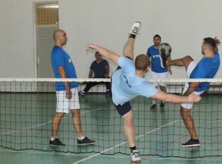 Invitaţie la tenis cu piciorul: Tengo Salonta organizează Cupa Corporaţiilor