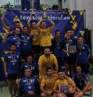 Echipele clubului Tengo Salonta au dominat ultima etapă a Campionatului României la tenis cu piciorul (FOTO / VIDEO)