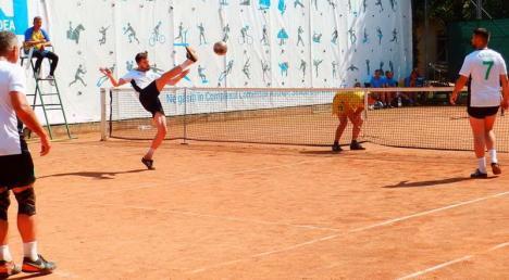 Salontanii de la Tengo au dominat etapa a II-a a Campionatului Național la Tenis cu piciorul (FOTO)