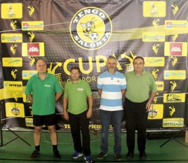 Saldecor Salonta, prima câştigătoare a Cupei Corporaţiilor la tenis cu piciorul (FOTO)