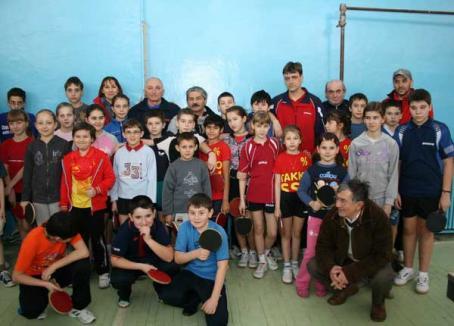 Sportivii din Carei au dominat prima etapă a concursului euroregional de tenis de masă
