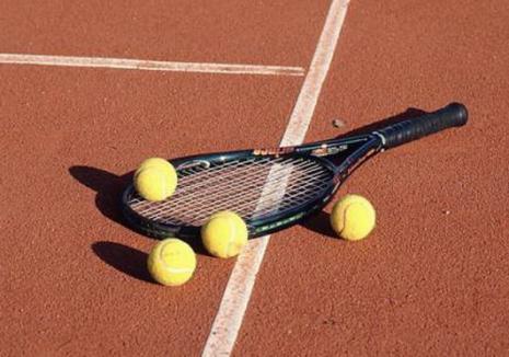 Patru bihoreni s-au impus la Cupa 8 Martie la tenis