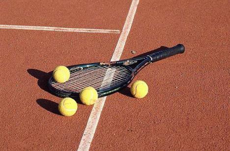 Ediţia din acest an a Trofeului Siroco la tenis se desfăşoară, în premieră, la Şuncuiuş şi Vadu Crişului