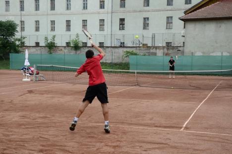 Debutează la Baza Voinţa cel mai longeviv turneu de tenis din Bihor după Revoluţie, Trofeul Gavella