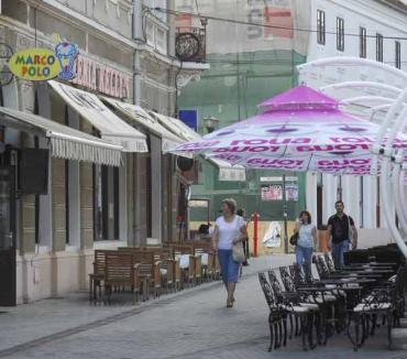 Poliţiştii locali, prin baruri şi restaurante