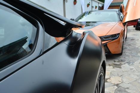 """Test drive de excepţie la Oradea: BMW i8 Roadster, """"diavolul"""" hybrid (FOTO)"""