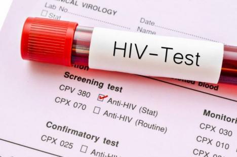 DSP Bihor aminteşte că testările pentru depistarea HIV-SIDA sunt gratuite, iar tratamentul prelungeşte şi îmbunătăţeşte viaţa