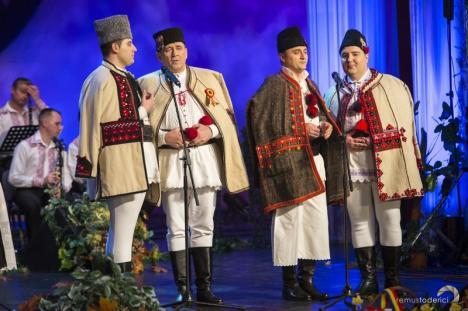 O emisiune Tezaur Folcloric filmată la Oradea va fi difuzată de TVR în ziua de Paşte