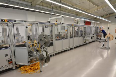 Fabrica de bine: Jaco du Plessis, sud-africanul devenit român, a pornit la Oradea o fabrică de dispozitive medicale (FOTO)