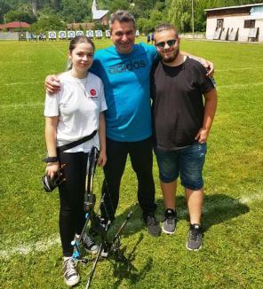 Orădenii de la Redpoint au cucerit o medalie de aur şi una bronz, la Cupa României de tir cu arcul