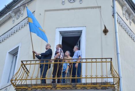 CEDO i-a dat dreptate lui László Tőkés, sancţionat pentru că a arborat steagul secuiesc şi pe cel al Partium în centrul Oradiei