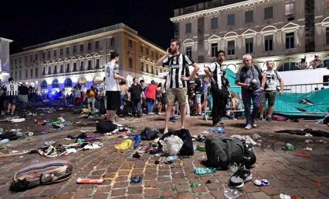 Busculadă la Torino: Peste 1.500 de persoane au fost rănite