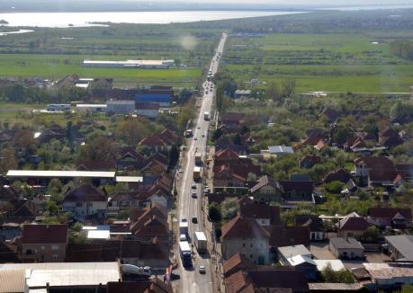Şoferi, atenţie sporită pe DN 1: Festivităţile pentru sărbătorirea eliberării Oradiei vor debuta vineri, la Piatra Craiului